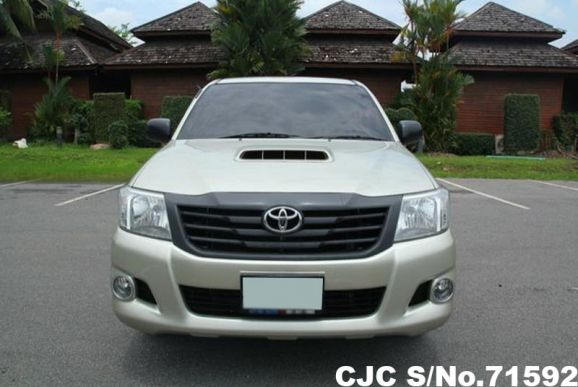 Toyota Hilux Vigo Manual 2014