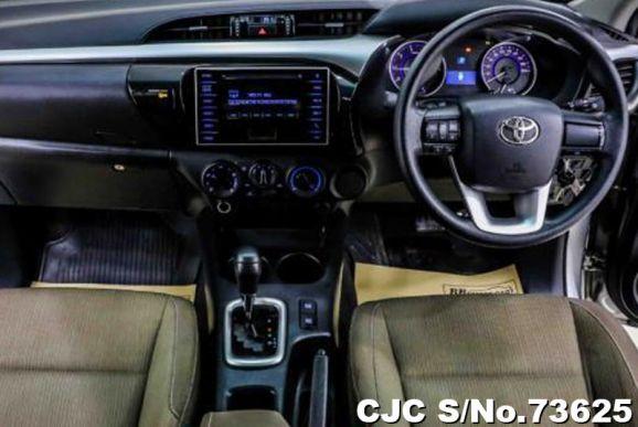 Toyota Hilux Revo Automatic 2015