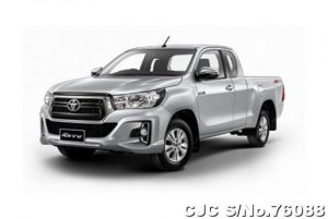 4x2 Hilux Revo Pickup Diesel 2019 Silver Color, Smart Cab, Z Edition.