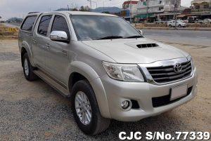 Toyota Hilux Vigo Silver Automatic 2013 3.0L Diesel