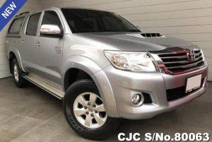 Toyota Hilux Vigo Silver Automatic 2014 3.0L Diesel