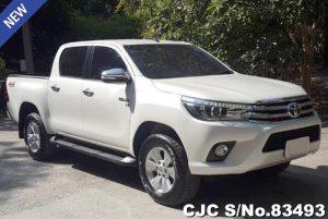 Toyota Hilux Revo White Manual 2016 2.8L Diesel