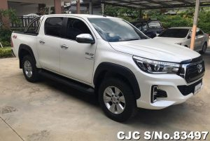 Toyota Hilux Revo White Automatic 2017 2.8L Diesel