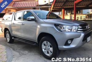 Toyota Hilux Revo Silver Automatic 2016 2.4L Diesel